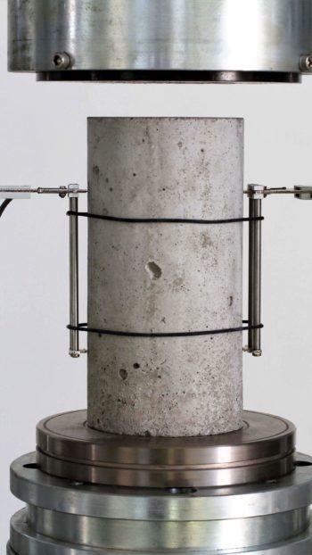 Extensômetro em configuração dupla EX251
