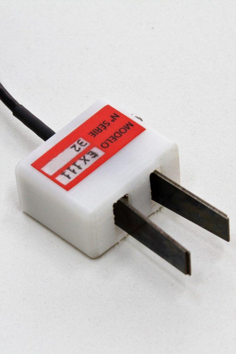 Extensômetros do tipo clip-gage CTOD ou CMOD
