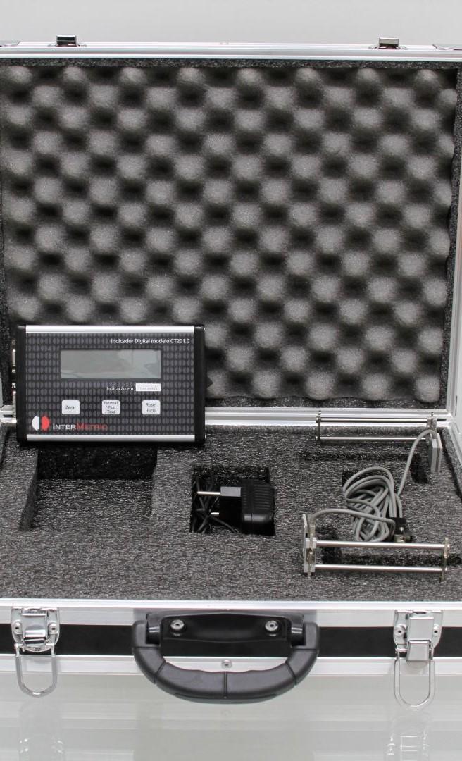 Extensômetro em configuração dupla com indicador digital EX254