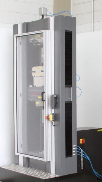 Maquina Universal Ensaios Eletromecanica iM200 (200 KN)