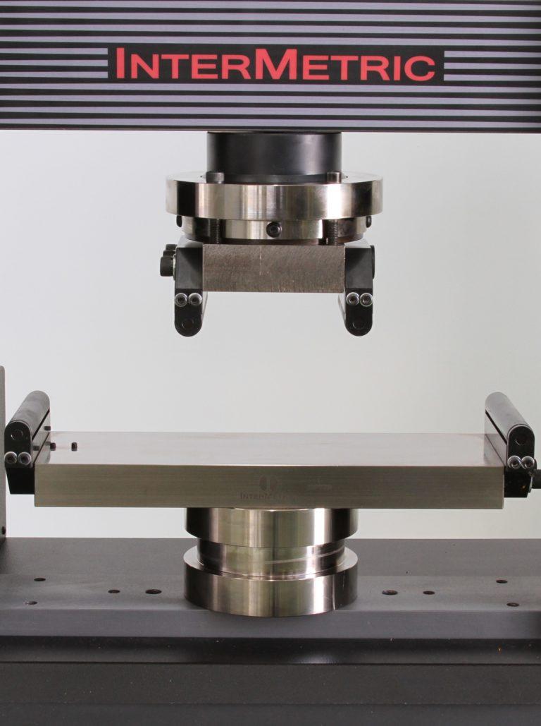 Dispositivo para ensaio de flexão em 4 pontos DP776 (300 KN)